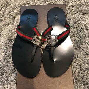 Gucci Flat thong Size 5 Brand NEW!